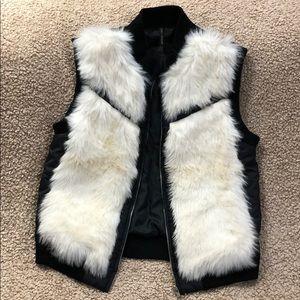 🏆 GOLY FASHION FAUX Fur Vest Zip, Pockets S